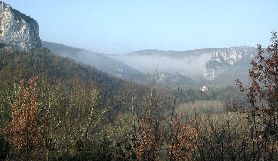 Aveyron-Gorge1200px